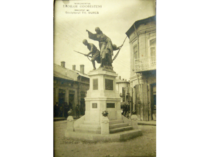 Monument Independentei in 1930
